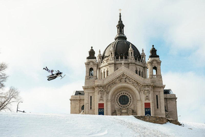 Levi LaVallee performs a Heartattack during Red Bull Frozen City in Saint Paul, MN on January 23, 2016